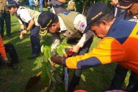 Kepala BNPB minta Pemkab Buru perhatikan ancaman merkuri dan sianida