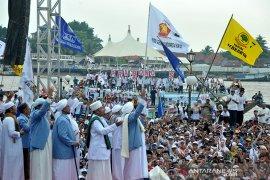 Pendukung Prabowo padati Pelataran BKB Palembang Page 1 Small