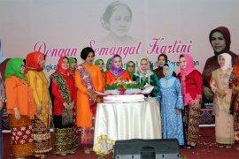Yustin Ficardo: Perempuan Harus Mandiri dan Berprestasi Dalam Pembangunan