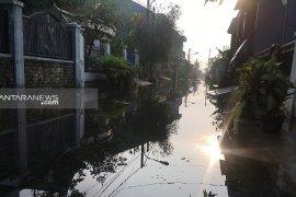 Cegah banjir, Bappeko Surabaya perlebar saluran air di Medayu Utara