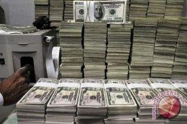 Dolar AS melemah jelang pertemuan The Fed-BOE