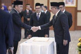 Menristekdikti lantik Garuda Wiko sebagai Rektor Untan