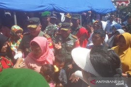 Korem 133 Gorontalo gelar pasar murah dan pengobatan gratis