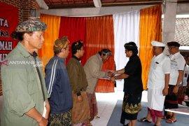 31 Desa Pakraman di Gianyar terima bantuan Badung