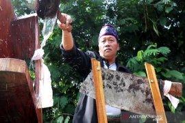 Petani Gunung Sumbing Jateng gelar tradisi Jamasan Srobong Gobang