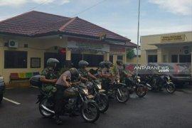TNI-Polri di Belitung patroli bersama pengamanan Pemilu 2019