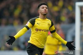 Dortmund  kembali ke puncak klasemen