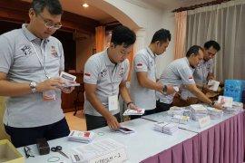 WNI di Kamboja nikmati pesta rakyat usai gunakan hak pilih.