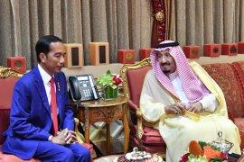 Keakraban Presiden Jokowi dan Raja Salman,  Idul Adha sampaikan selamat