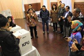 Pelajar tempuh 13 jam perjalanan untuk Pemilu di Moskow