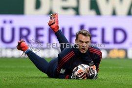 Kiper Bayern Munich Neuer diperkirakan absen lama karena cedera