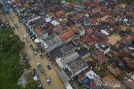 210 TPS di Kabupaten Bandung Jawa Barat terendam banjir