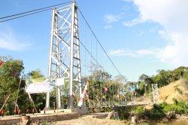 Bupati Jarot resmikan Jembatan Gantung Baras Nabun