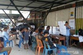 Prabowo unggul di TPS Ketua NasDem, Jokowi menang di TPS anggota DPR RI Gerindra