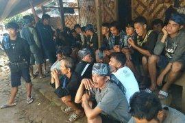 Masyarakat Badui Lebak padati TPS sejak pagi