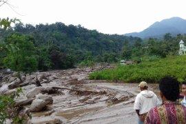 Banjir bandang melanda Kabupaten Deliserdang