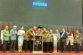 FEM dan YAPI IPB Buka Perdagangan Bursa Efek Indonesia