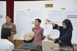 Unggulnya Jokowi-Ma'ruf hingga peningkatan partisipasi WNI di luar negeri