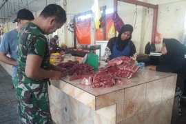 Pemprov Malut jangan halangi pasokan daging sapi beku