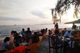Pantai PIA Hotel Pandan masih tempat favorit untuk liburan