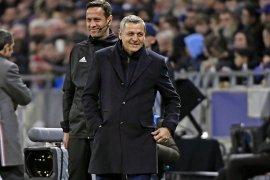 Pelatih Genesio berharap para pemain Lyon kembali bergembira sebagai tim