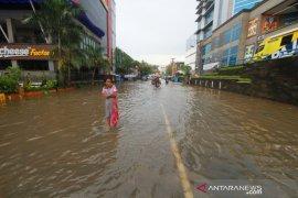 Banjir Akibat Buruknya Drainase