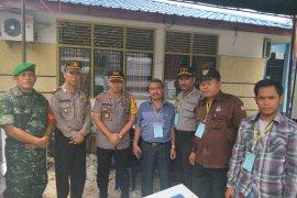 Kapolres Binjai monitor personel pengamanan rapat pleno tiga kecamatan