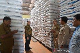Sidak stok beras Bulog Aceh