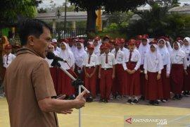 Bupati Gorontalo sebut tidak ada kendala pelaksanaan UNBK-USBN