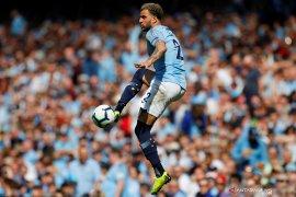 Jelang Derby Manchester, Walker sebut fans MU lebih suka City juara ketimbang Liverpool