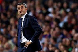 Valverde di ujung tanduk, Barcelona bidik Roberto Martinez