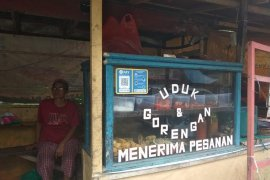 Pedagang Rangkasbitung berharap presiden terpilih bangkitkan ekonomi