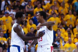 Taklukkan Warriors di Oracle Arena