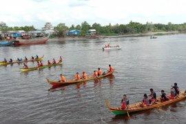 Festival Sampan Selodang di Indragiri Hilir