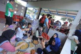 Pemkot Tangerang dirikan dapur umum di empat kecamatan terdampak banjir