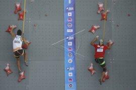Atlet panjat tebing Indonesia berlaga di China