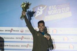Alfian M Fadjri juara dunia panjang tebing di China