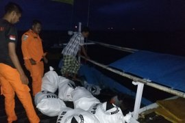 BPBD distributes logistical assistance to Matasiri Island