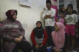 Pemkot Surabaya berikan pekerjaan untuk anak petugas KPPS meninggal