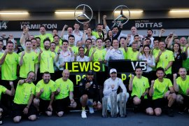 Bottas bawa Mercedes finis 1-2 beruntun