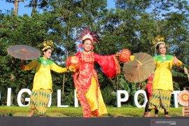 Ratusan penari meriahkan peringatan Hari Tari seDunia