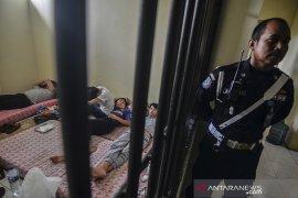Penangkapan WNA di Tasikmalaya
