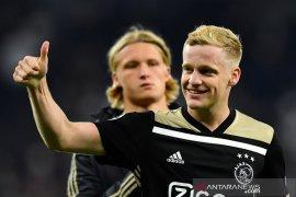Liga Inggris: MU resmi boyong Van de Beek dari Ajax