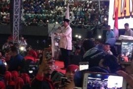 Prabowo tegaskan buruh adalah tulang punggung ekonomi Indonesia