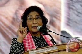 Menteri Susi: Tenggelamkan kapal ikan ilegal