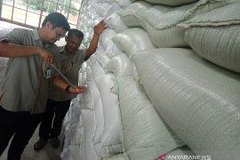 Bulog: Stok beras untuk pantai barat Aceh aman hingga Idul Fitri