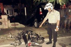 Tertabrak minibus pengendara sepeda motor tewas, sopir diamankan polisi