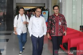 Koalisi Masyarakat mendesak pimpinan KPK selesaikan persoalan internal