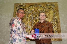 Lawatan Dubes Prancis Untuk Indonesia di Kalimantan Barat