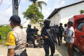 Polisi Bekasi pastikan hanya satu terduga teroris yang tewas